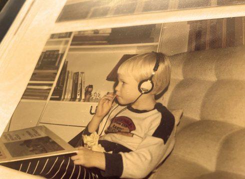 barn lyssnar